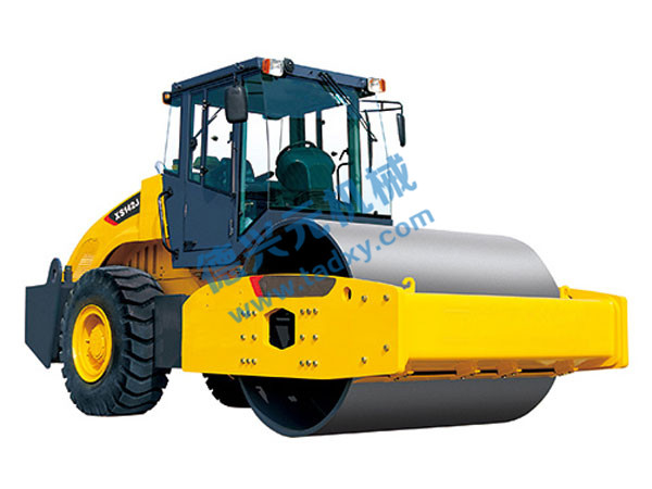 点击查看详细信息标题:XS143J Mechanical Single Drum Vibratory Compactor 阅读次数:975